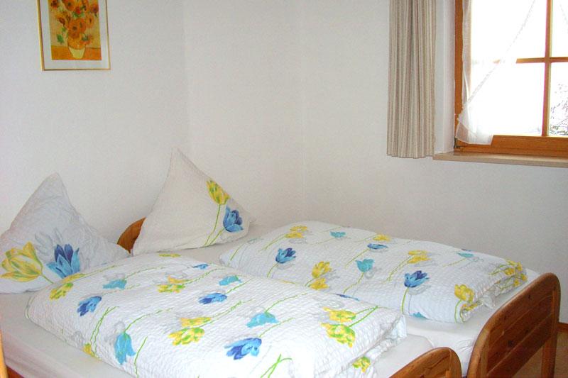 """Eines von zwei Schlafzimmern FeWo """"Kräutergarten"""""""